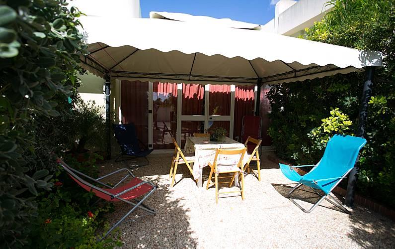 Vivenda para 2-10 pessoas a 500 m da praia Trapani -