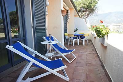 Apartamento en alquiler a 350 m de la playa Livorno