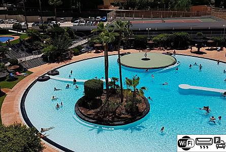 Ideal For Families 600m From Beach With Ac Wifi Alicante Swimming Pool Bedroom Benidorm Apartment