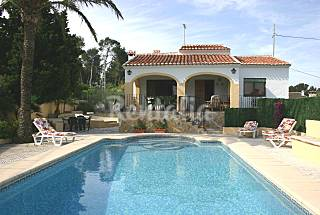 Villa for 6-7 people only 1500 meters from the beach Alicante