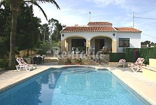 Villa para 6-7 personas a 1500 m de la playa Alicante