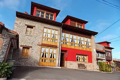 Bonito apt con terraza & balcón Asturias