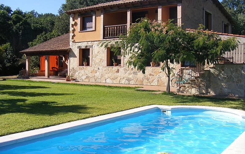 House For 12 14 People In Avila Candeleda Avila Tietar Valley