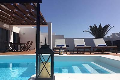 10 Villas totalmente equipadas a 1800 m de la playa Lanzarote
