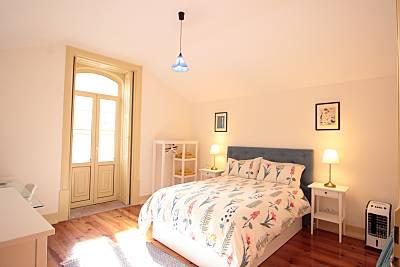 Casa para 8 pessoas a 1000 m da praia Coimbra