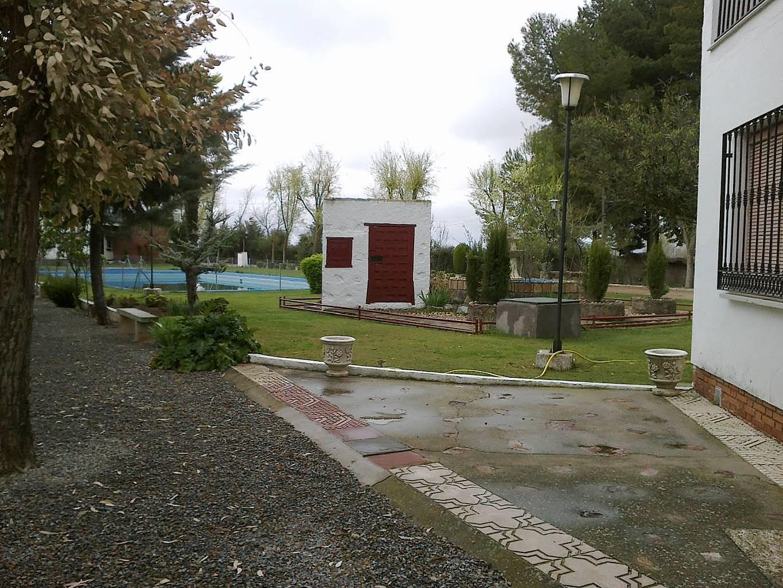 Villa in affitto con piscina las lagunas villafranca de for Piscina villafranca