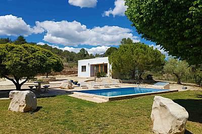 Acojedora casa con piscina privada y wifi gratis Tarragona