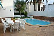 Villa for 5-7 people only 200 meters from the beach Tarragona