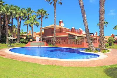 Chalet con climatización 3 dormitorios y piscina Murcia