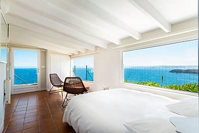 La casa del acantilado. Acceso directo a la playa Asturias
