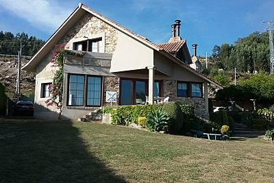 Villa para 6-7 personas a 300 m de la playa Pontevedra
