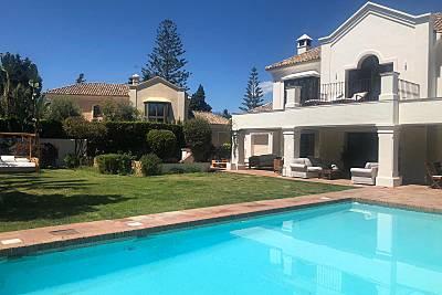 Villa en alquiler a 100 m de la playa Málaga
