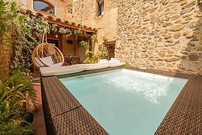 Encantadora casa de piedra a 15 km de la playa Girona/Gerona