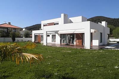 Villa de 4 habitaciones a 1500 m de la playa Cantabria
