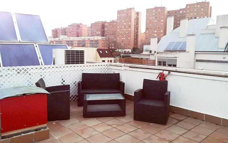 Espaciosa Casa Con Terraza Amp Wifi Madrid Madrid