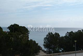 House with 3 bedrooms on the beach front line Tarragona