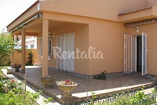 Villa en alquiler a 300 m de la playa Huelva