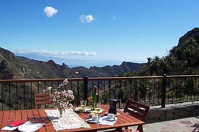 Espectacular casa con jardín & Wifi La Gomera
