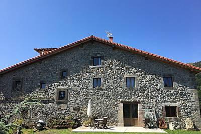 Casa de campo en alquiler, capacidad 18 personas Cantabria