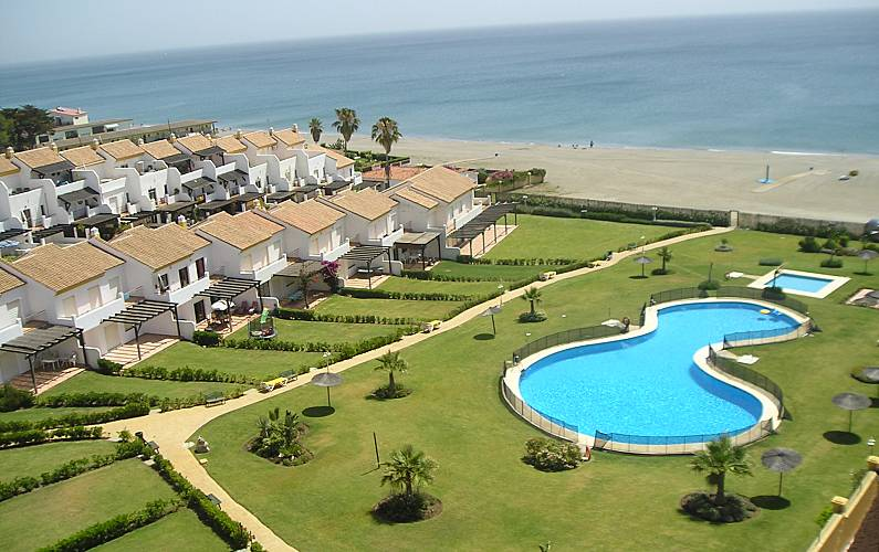 House With 4 Bedrooms Only 50 Meters From The Beach San Luis De