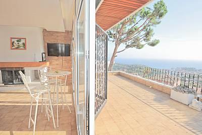 Gran villa cerca de la playa y del centro. Girona/Gerona