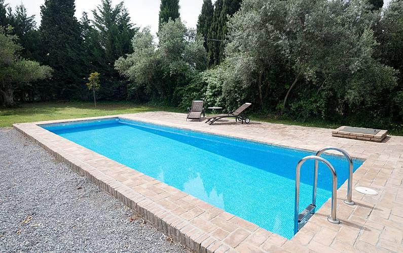 Bonita Casa Rural muy cerca de Granada con piscina Granada