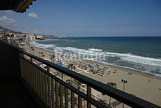 Apartment with 2 bedrooms on the beach front line Málaga