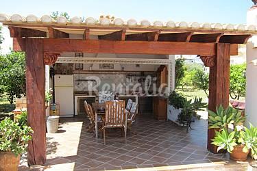 Villa de 4 habitaciones a 750 m de la playa montgo - Cocinas de exterior con barbacoa ...