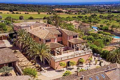 FINCA RURAL 8 a 20 habitaciones con vistas al mar Mallorca