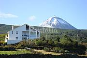 House for rent only 600 meters from the beach Isle of Pico