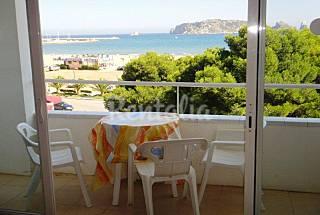 3 Apartamentos para 2-4pax en primera línea de mar Girona/Gerona