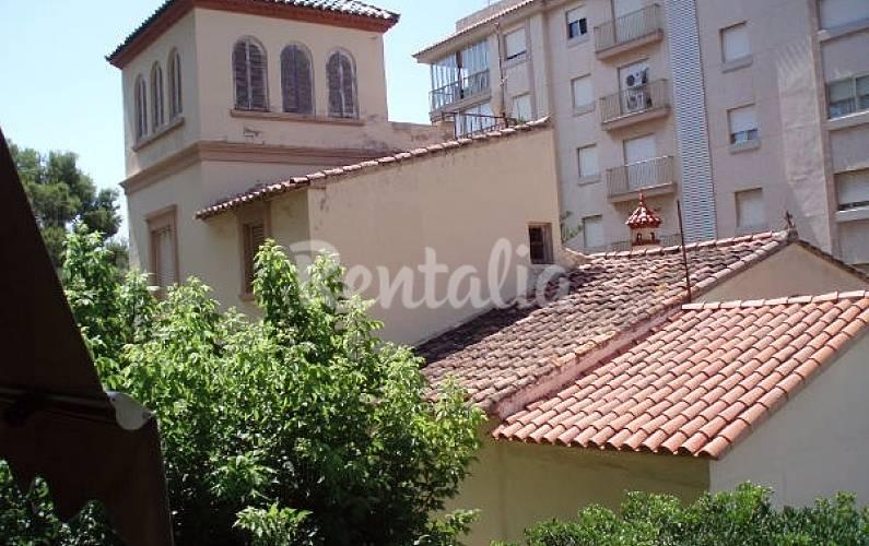 Apartamento en alquiler en 1a l nea de playa las villas - Casas alquiler benicasim ...
