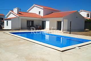 Vivenda moderna com 4 quartos perto da praia Algarve-Faro