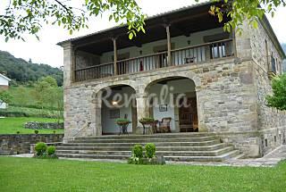 Picos de europa. Villa 5 bedrooms. Private garden Cantabria