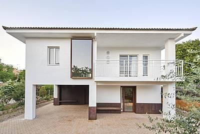 Villa de diseño de 5 habitaciones Lleida/Lérida