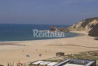 Apartamento com 1 quarto em frente à praia Leiria