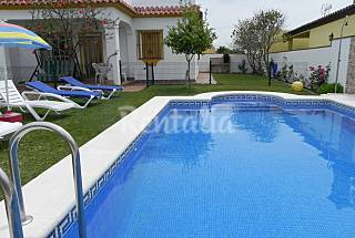 Casa en alquiler a 1350 m de la playa Cádiz