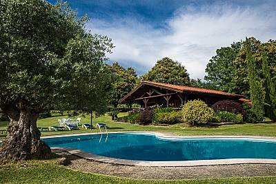 Preciosa casa de madera, con piscina privada  Pontevedra