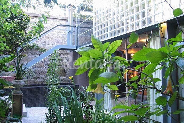 Casa con jard n y garaje en el centro hist rico bonfim for Cafe el jardin centro historico