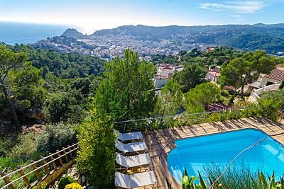 Villa de 4 habitaciones a 1400 m de la playa Girona/Gerona