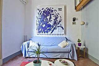 Cosy modern loft with medieval castel's view Catania