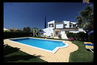 Villa para 8-10 personas a 2.5 km de la playa Algarve-Faro