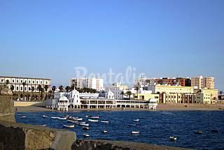 Appartement pour 6-7 personnes à 200 m de la plage Cadix
