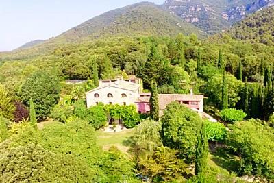 Espectacular castillo con piscina Girona/Gerona