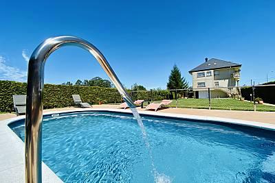 Apartamentos costeros con piscina, jardín y wifi Pontevedra