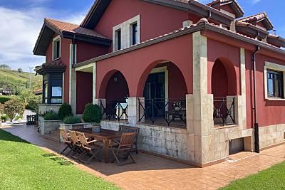 Villa de 6 habitaciones a 1500 m de la playa Cantabria
