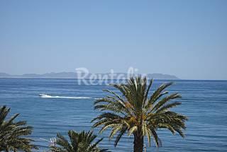 A 25 m de la playa-anunciado hasta 12/8/13 Almería