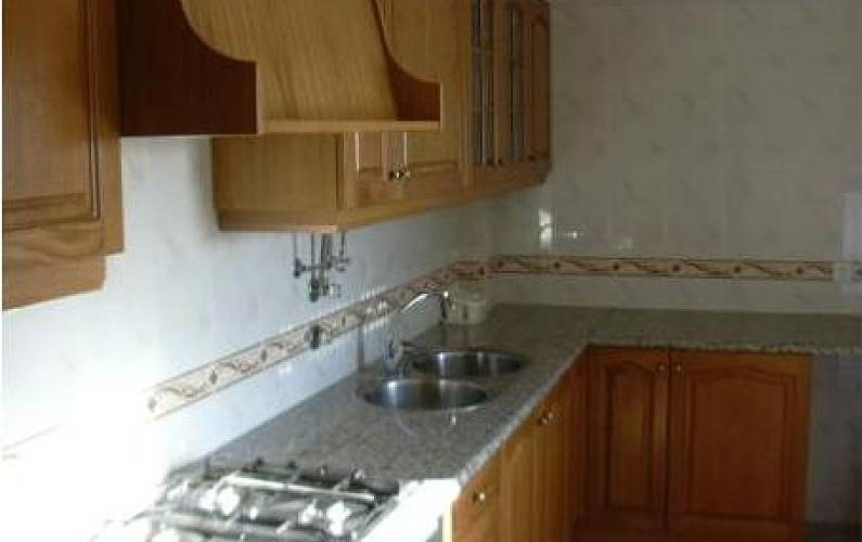 Apartment Kitchen Leiria Peniche Apartment - Kitchen