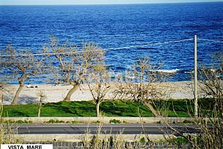 Apartment for rent only 30 meters from the beach Catania