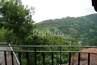 3 Wohnungen, 6 Zimmern in bergiger Umgebung Asturien